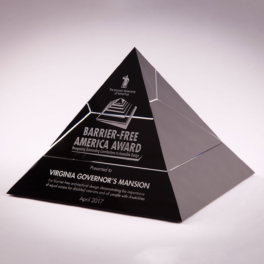<span>Pyramid</span>